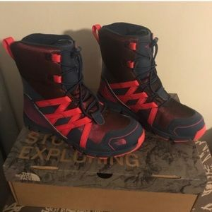New The North Face boots